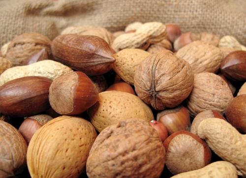 Frutta secca anti-diabete